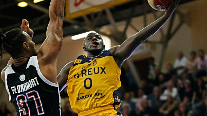 LEADERS CUP J3 : PARIS 85 - 89 EVREUX